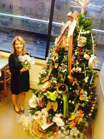 bttues_Trimming Bigelow Tea's #Eco Tree With Upcycled Ornaments!